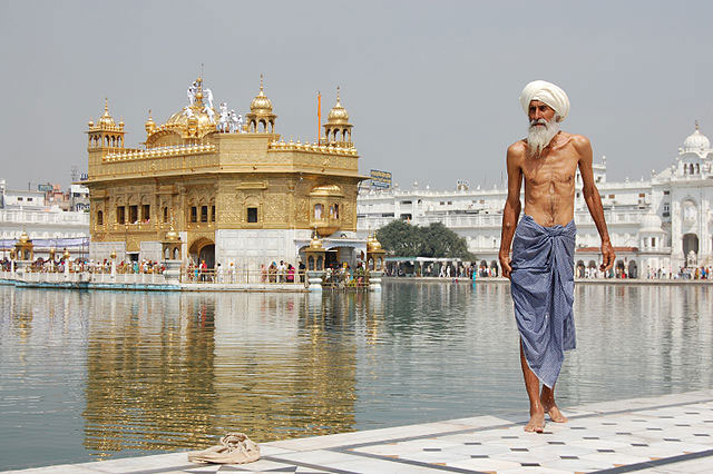 Sikh Pilgrim at the Golden Temple Harmandir Sahib